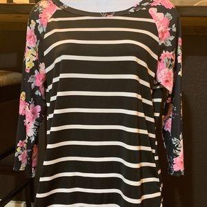 Woman's dress shirt - medium
